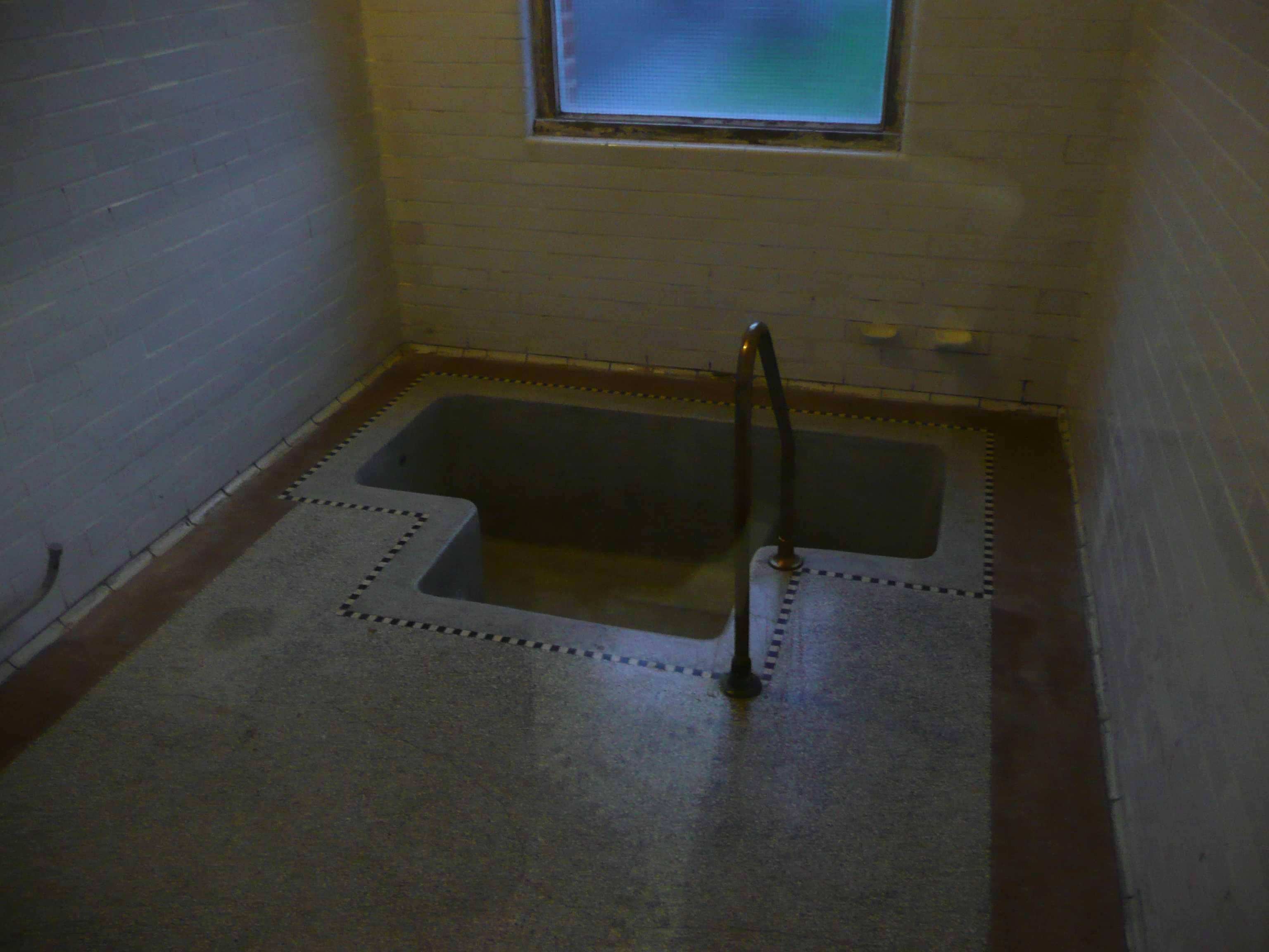 bains douches la piscine de roubaix. Black Bedroom Furniture Sets. Home Design Ideas