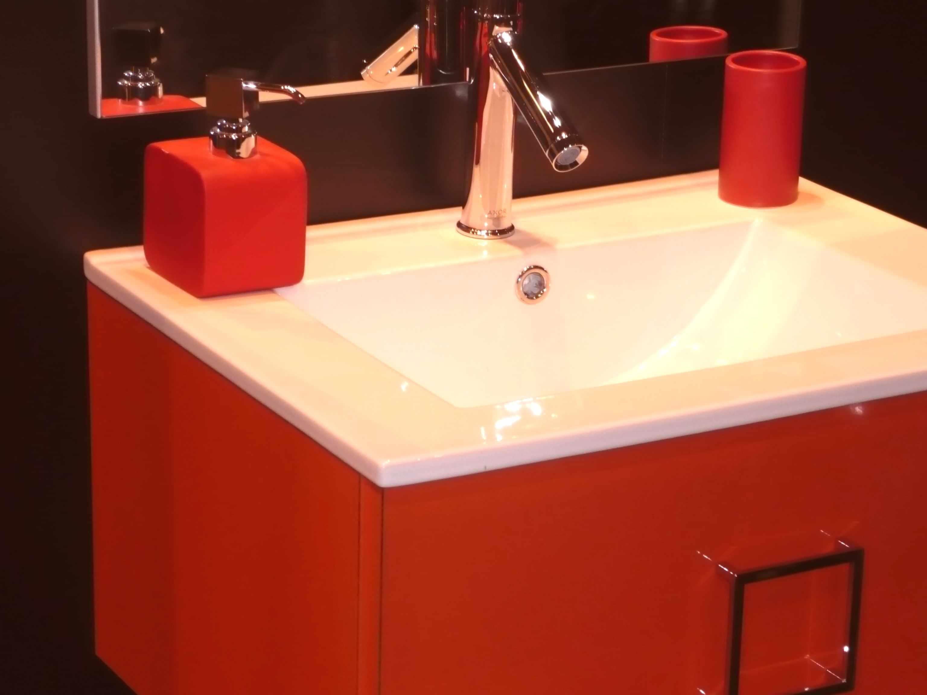 Verriere salle de bain castorama for Salle de bain pop