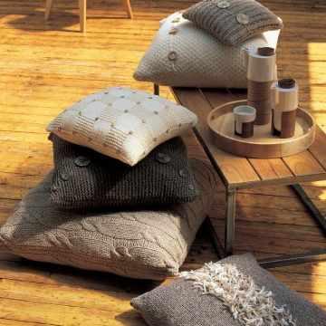 Housses de coussin laine tricotee Marie-Claire idees
