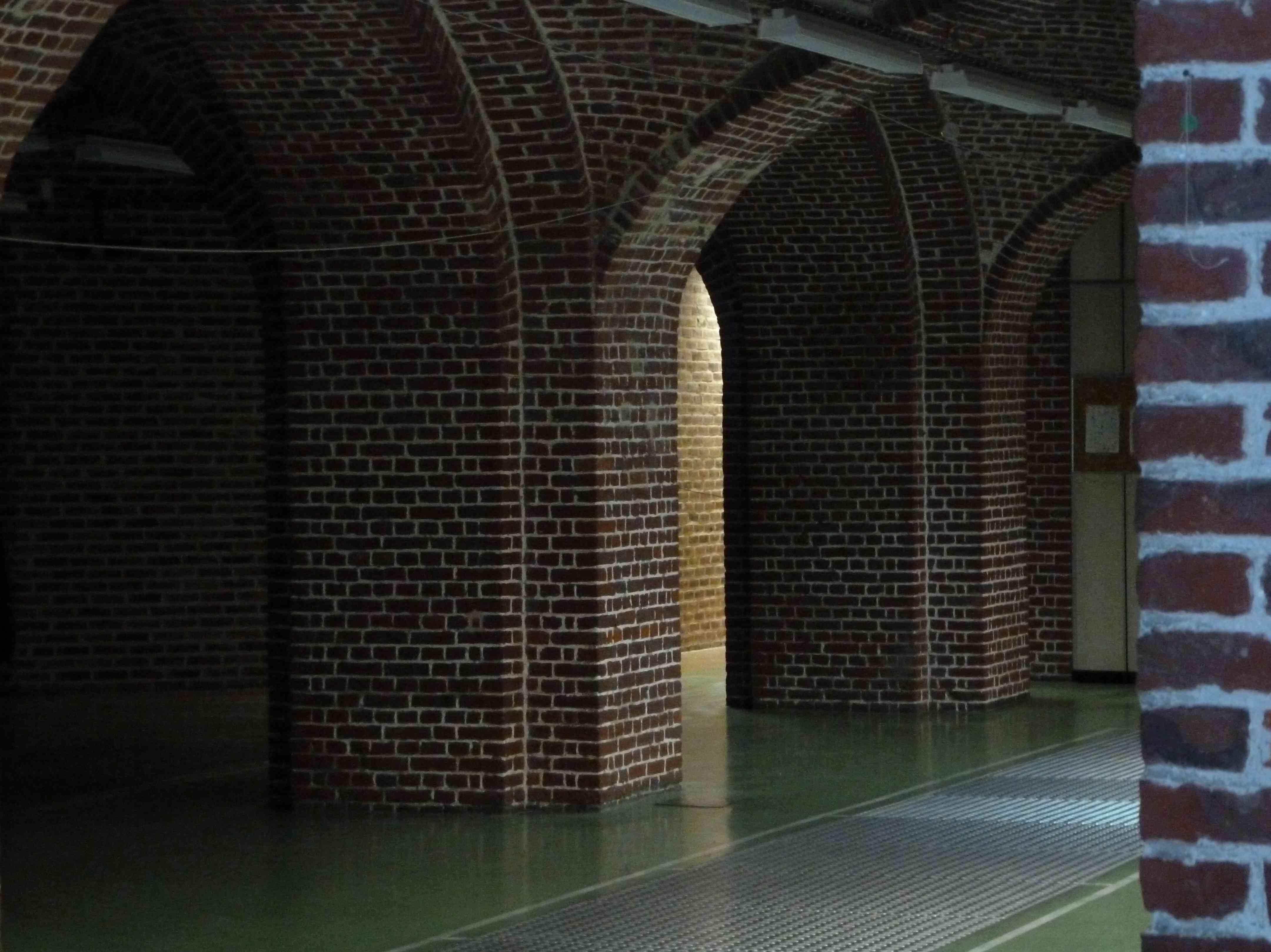 Salle d'armes Lille crypte St Pierre St Paul AEVL