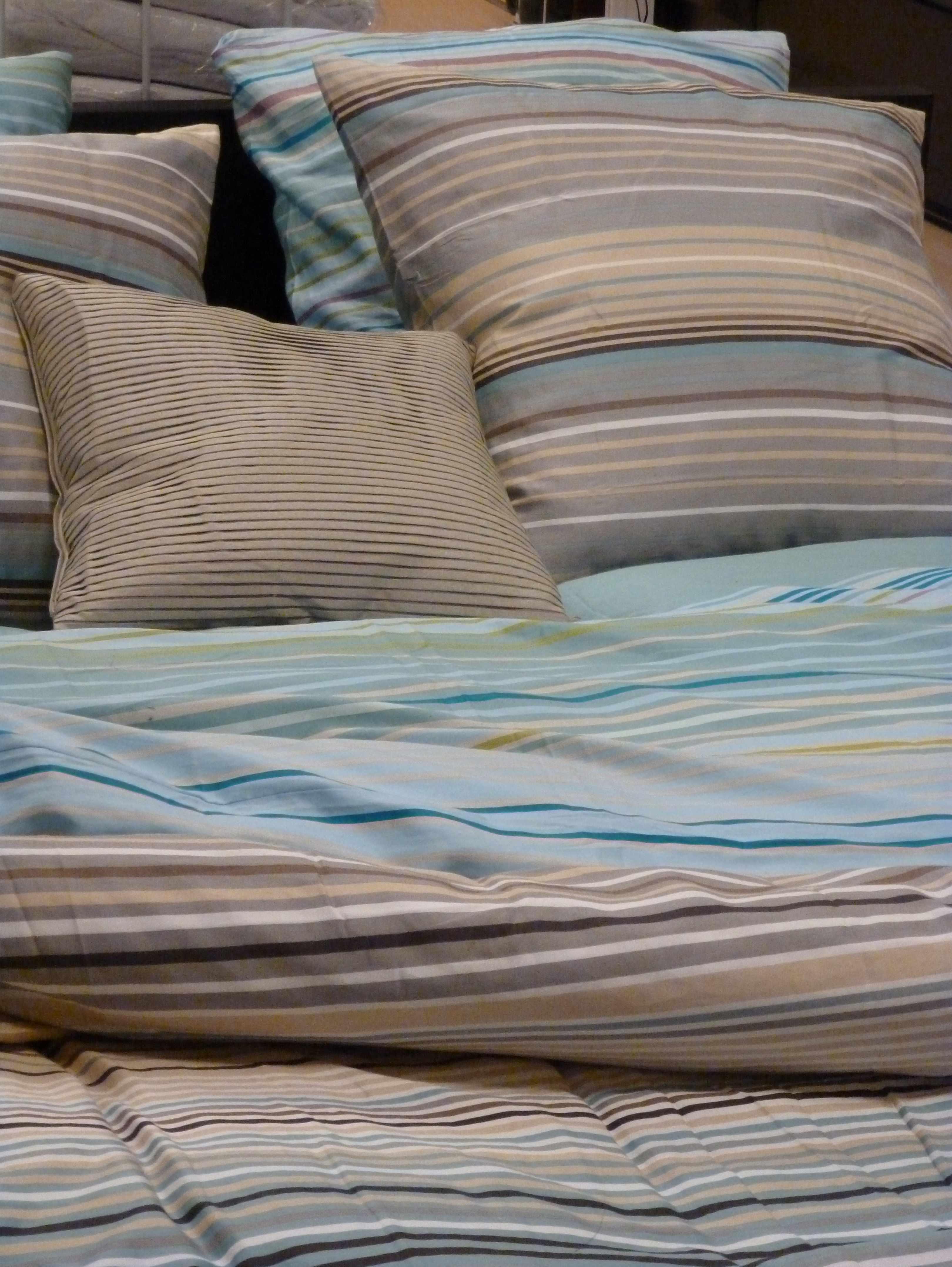 Ikea linge de lit beige-gris-bleu-celadon celadon 02-2013