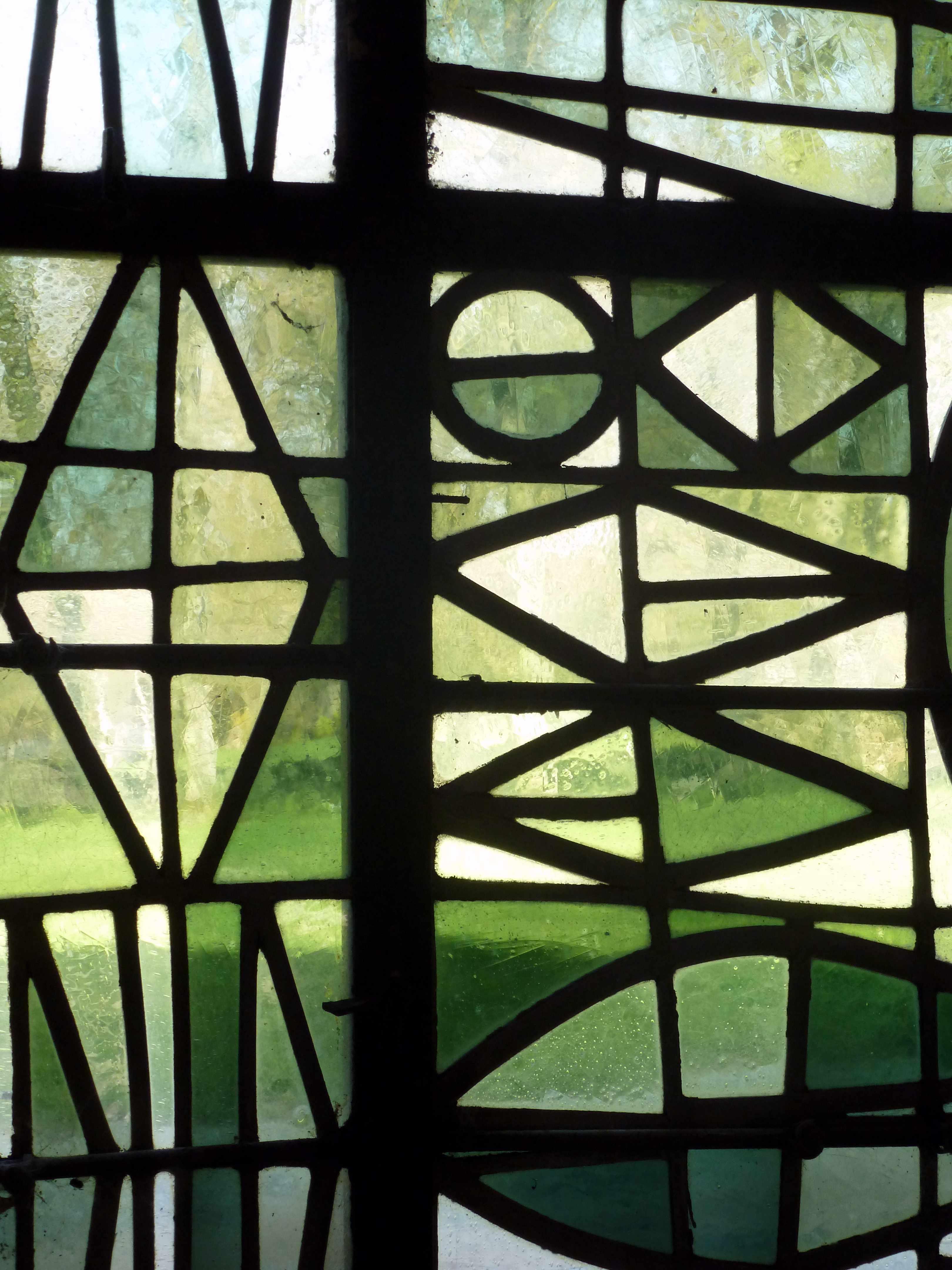 Abbaye Vaucelles salle capitulaire vitrail detail Gerard Lardeur
