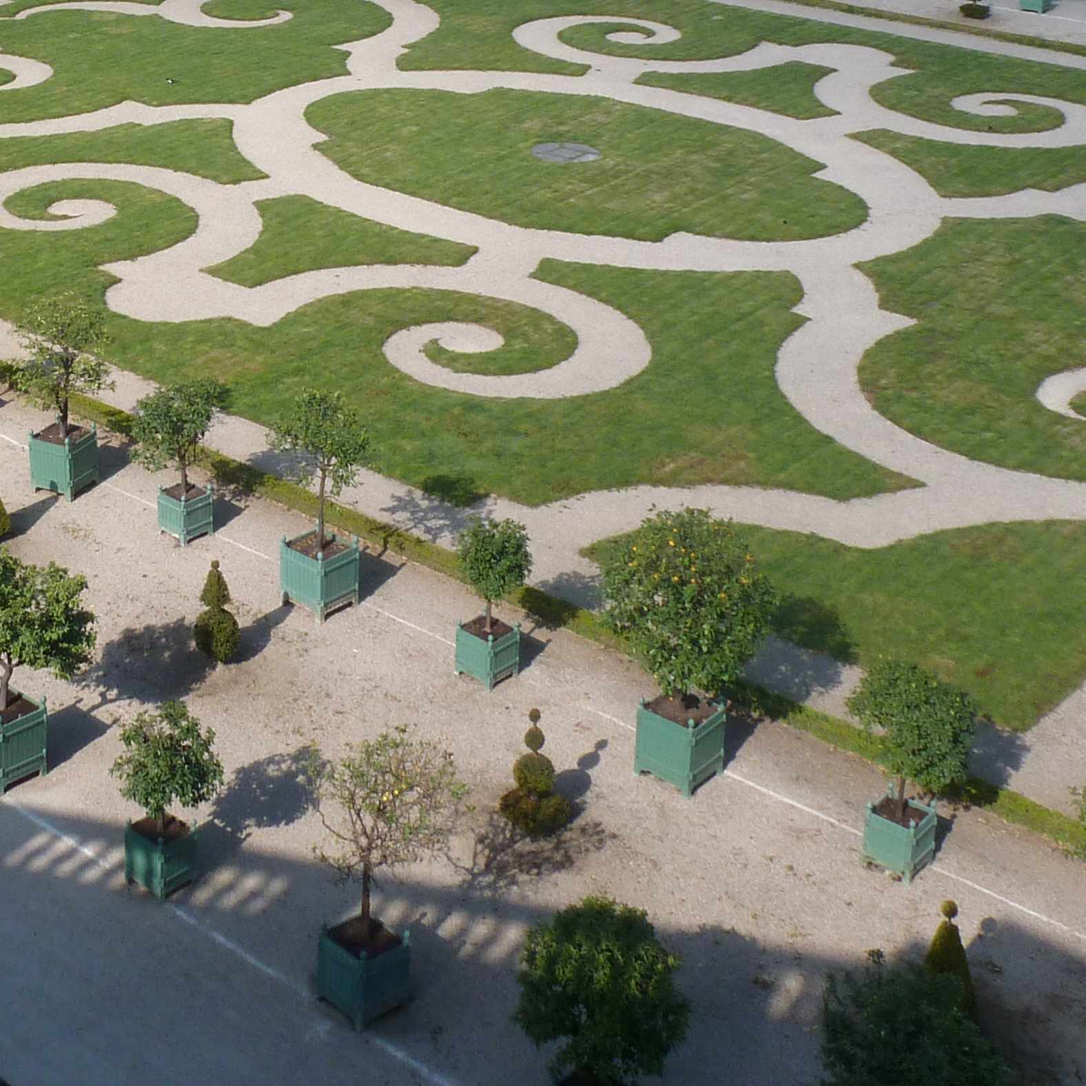 Versailles matin sans touristes for Architecte jardin versailles