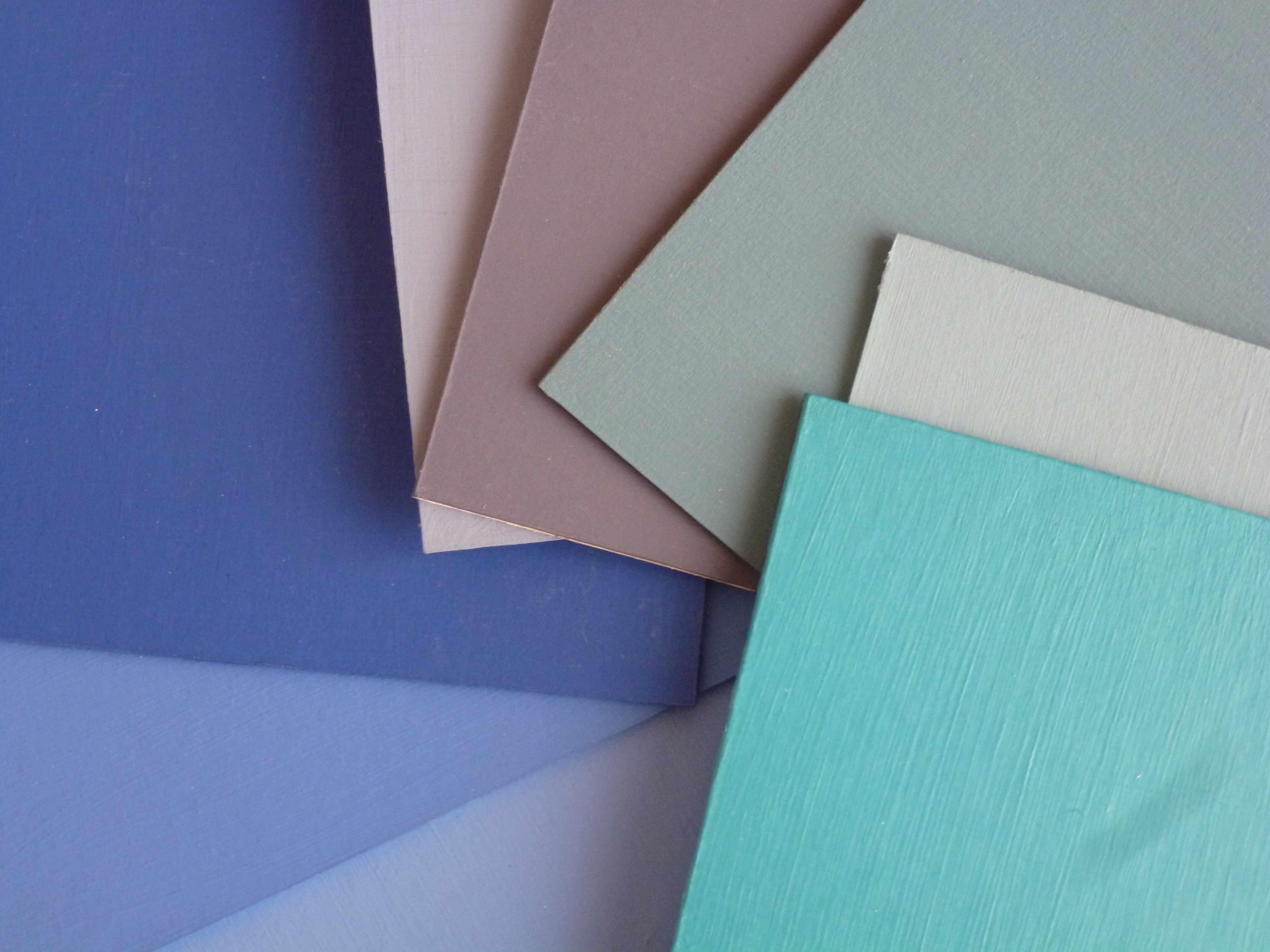 A-W carres bleus peints