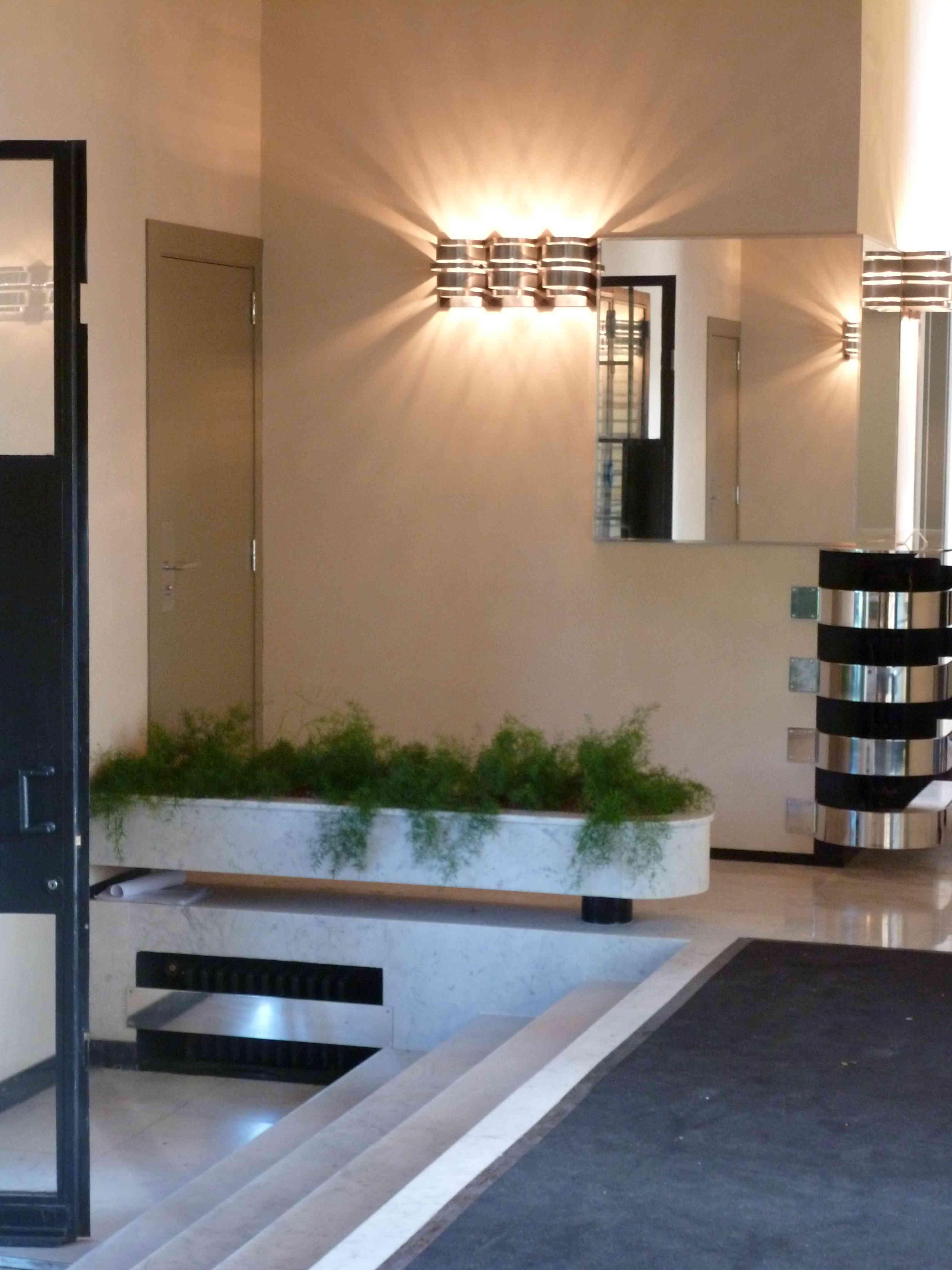 Promenades lilloises 4 la villa cavrois for Deco entree villa