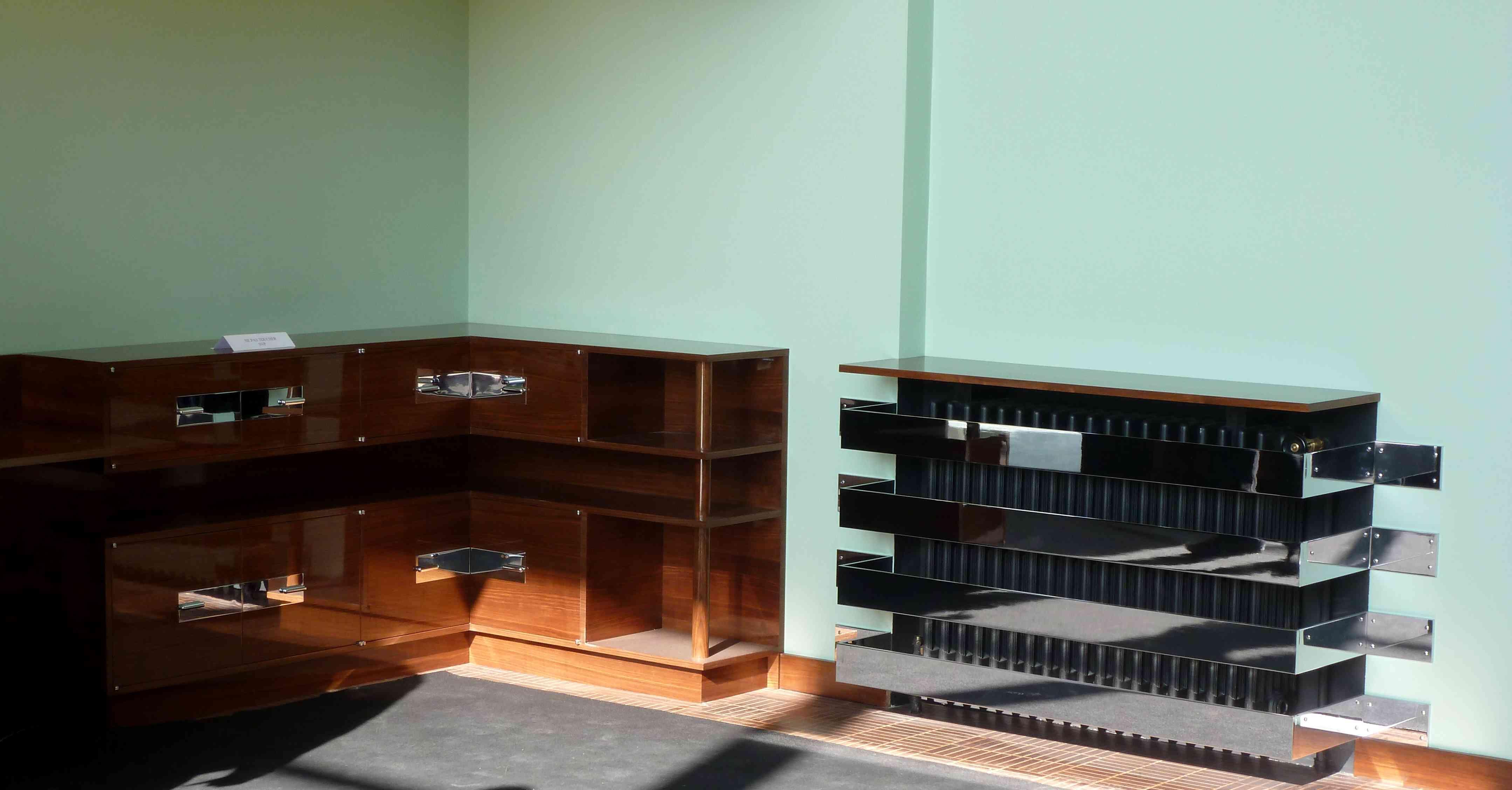 Villa Cavrois Croix 09-2013 salon meuble radiateur
