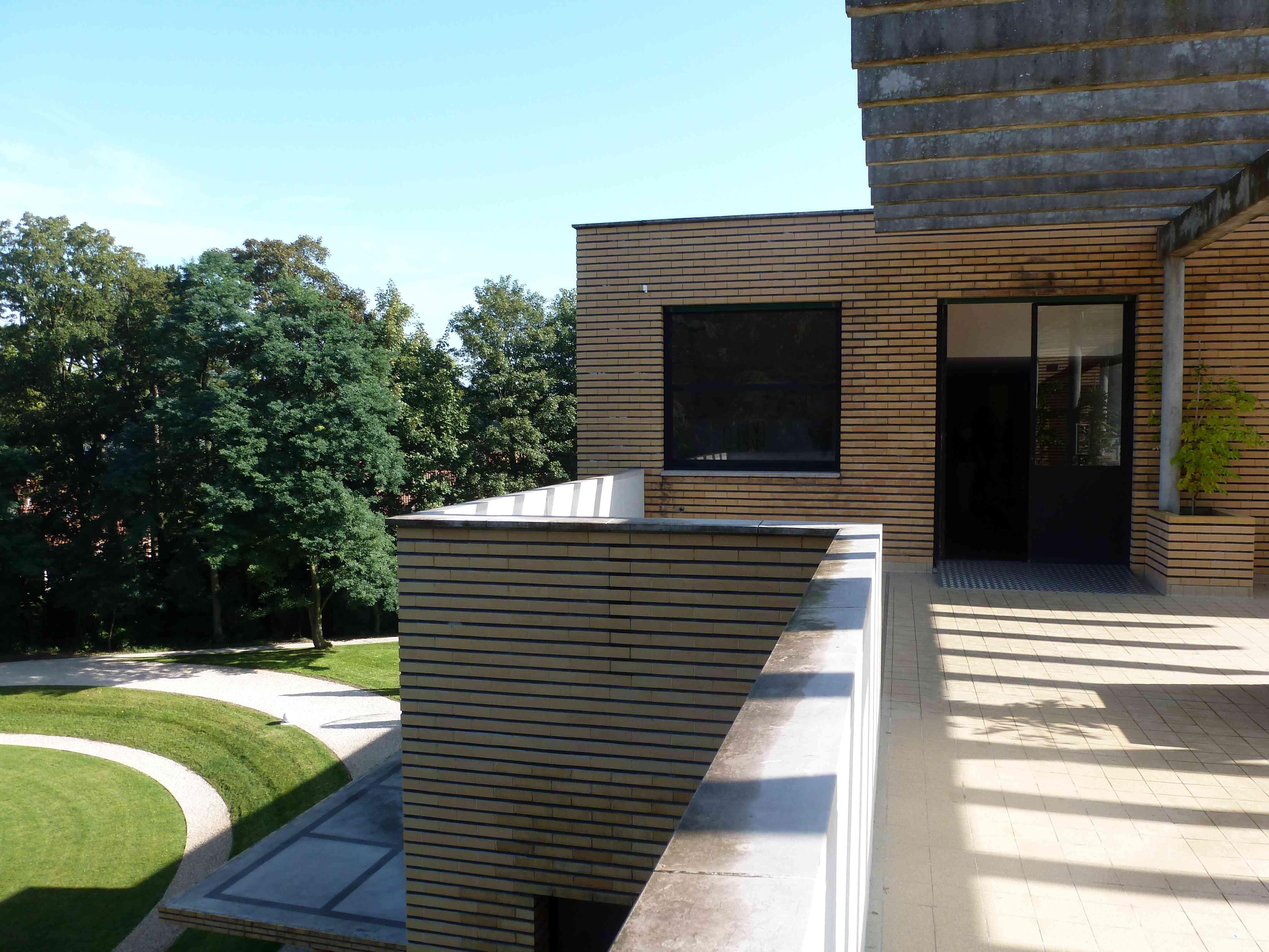 Villa Cavrois Croix 09-2013 terrasse jardin 1932