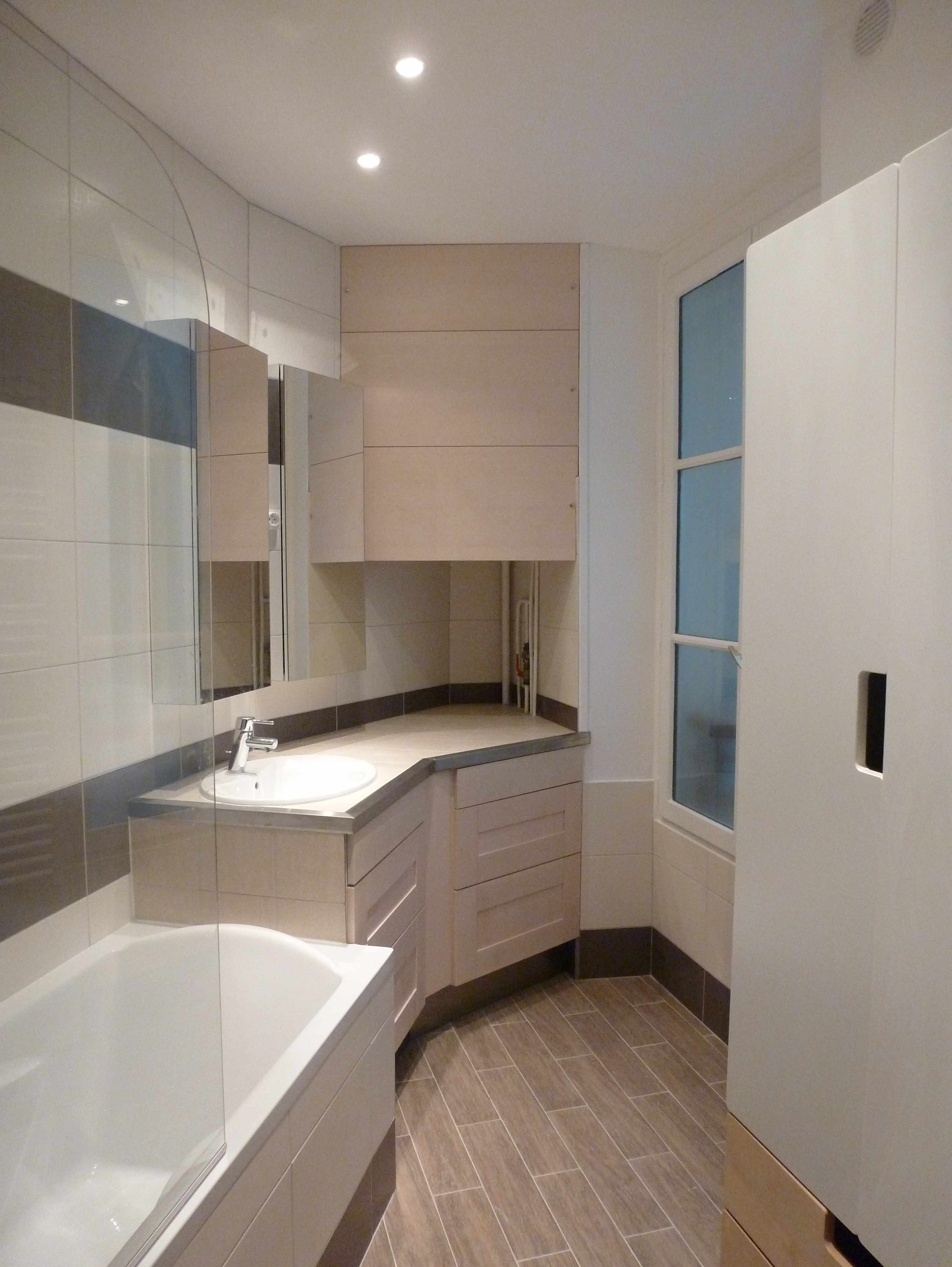 1 an 3 salles de bain 2 brun et blanc. Black Bedroom Furniture Sets. Home Design Ideas