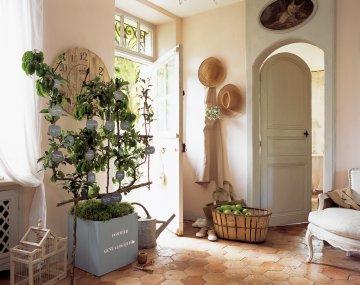 lierre. Black Bedroom Furniture Sets. Home Design Ideas