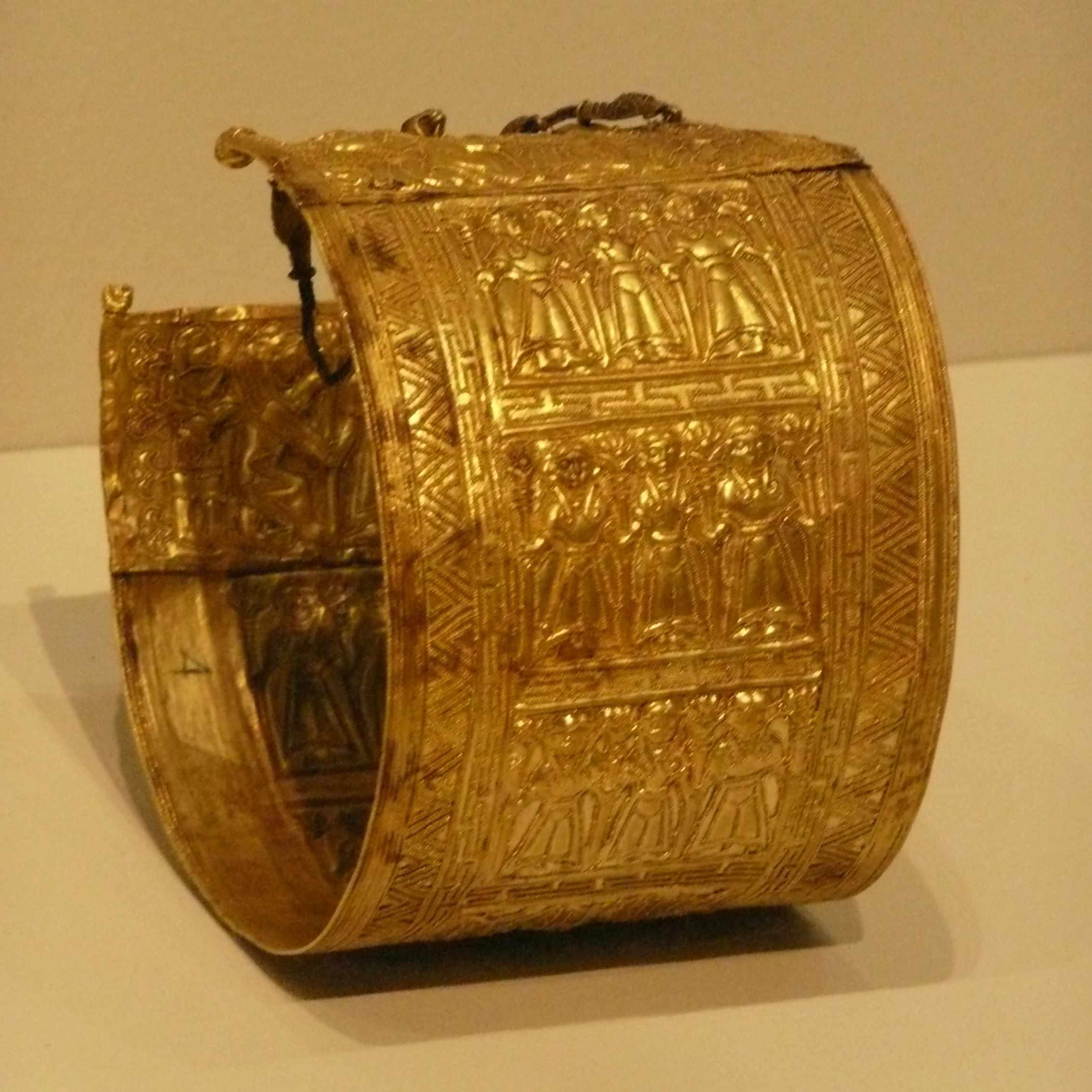 Bracelet or 675-660AC Expo-Etrusques-Louvre-Lens-2014