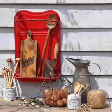 Touche de rouge Vintage HomeBarn