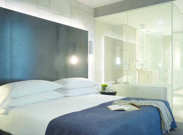 Pour ou contre la salle de bain ouverte sur la chambre - Cloison vitree salle de bain ...