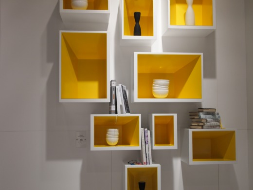 une lumineuse touche de jaune. Black Bedroom Furniture Sets. Home Design Ideas
