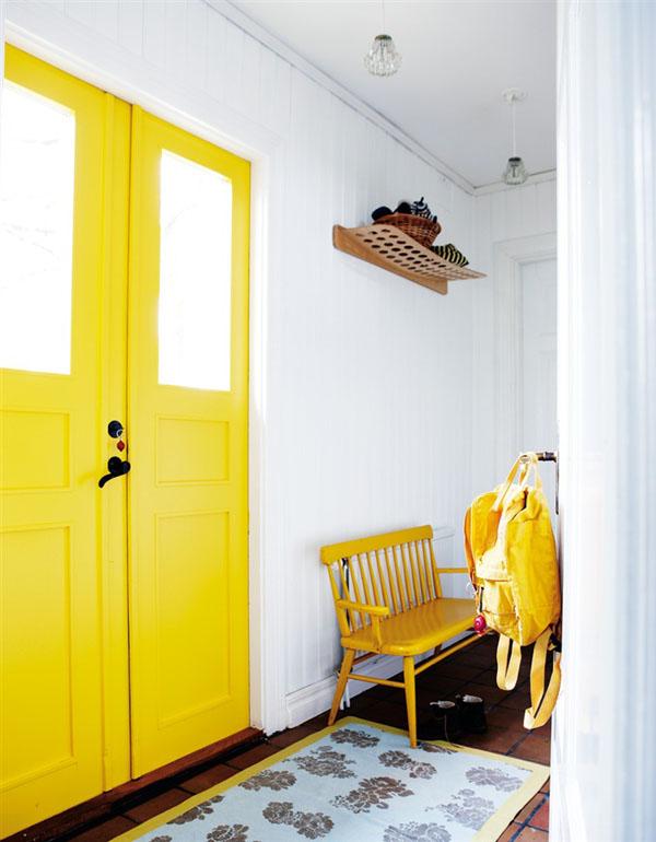 L'entrée jaune de Lea Bawnager Husohem-se via Turbulences-deco
