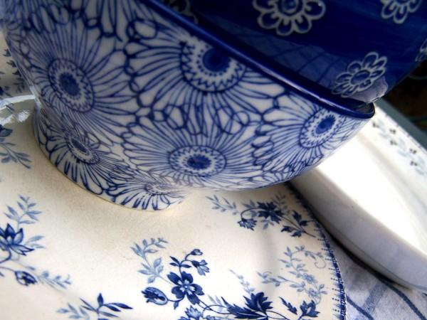 vaisselle bleue BLOG Bien fait pour toi