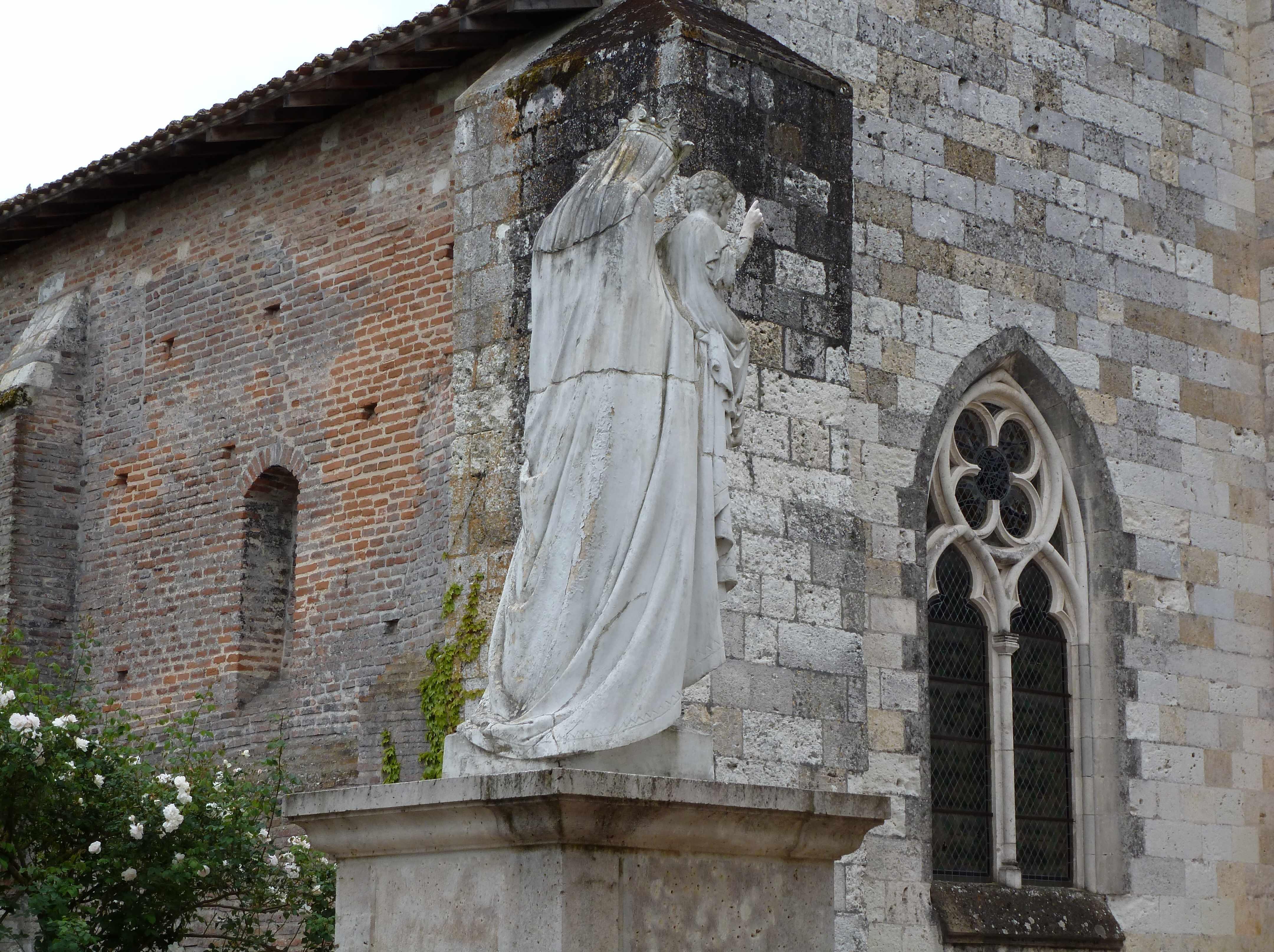 Auvillar-eglise-statue-Vierge-2014-05
