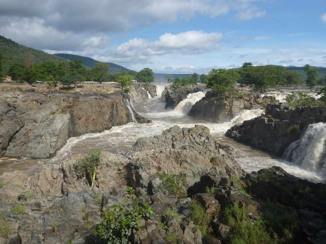 Hogenakkal falls Inde 2014
