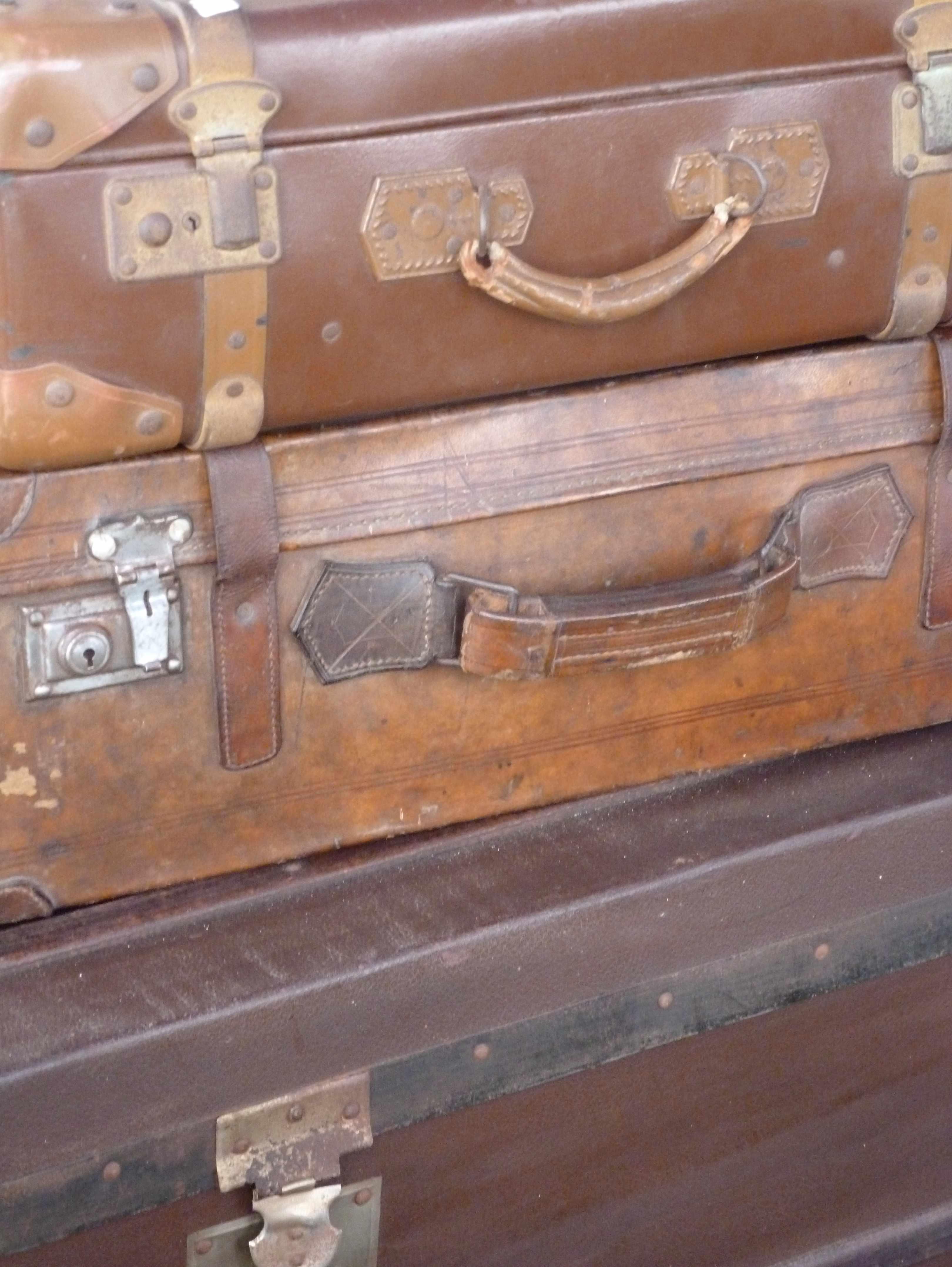 Puces ligneronnaises Vendee 2014 valises
