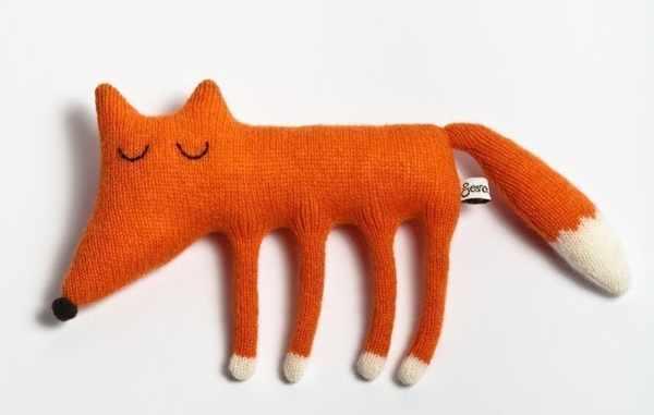 fox Sarah Carr