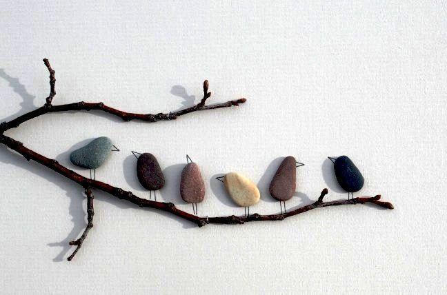 Des oiseaux pour les enfants - Faire un tableau avec des galets ...