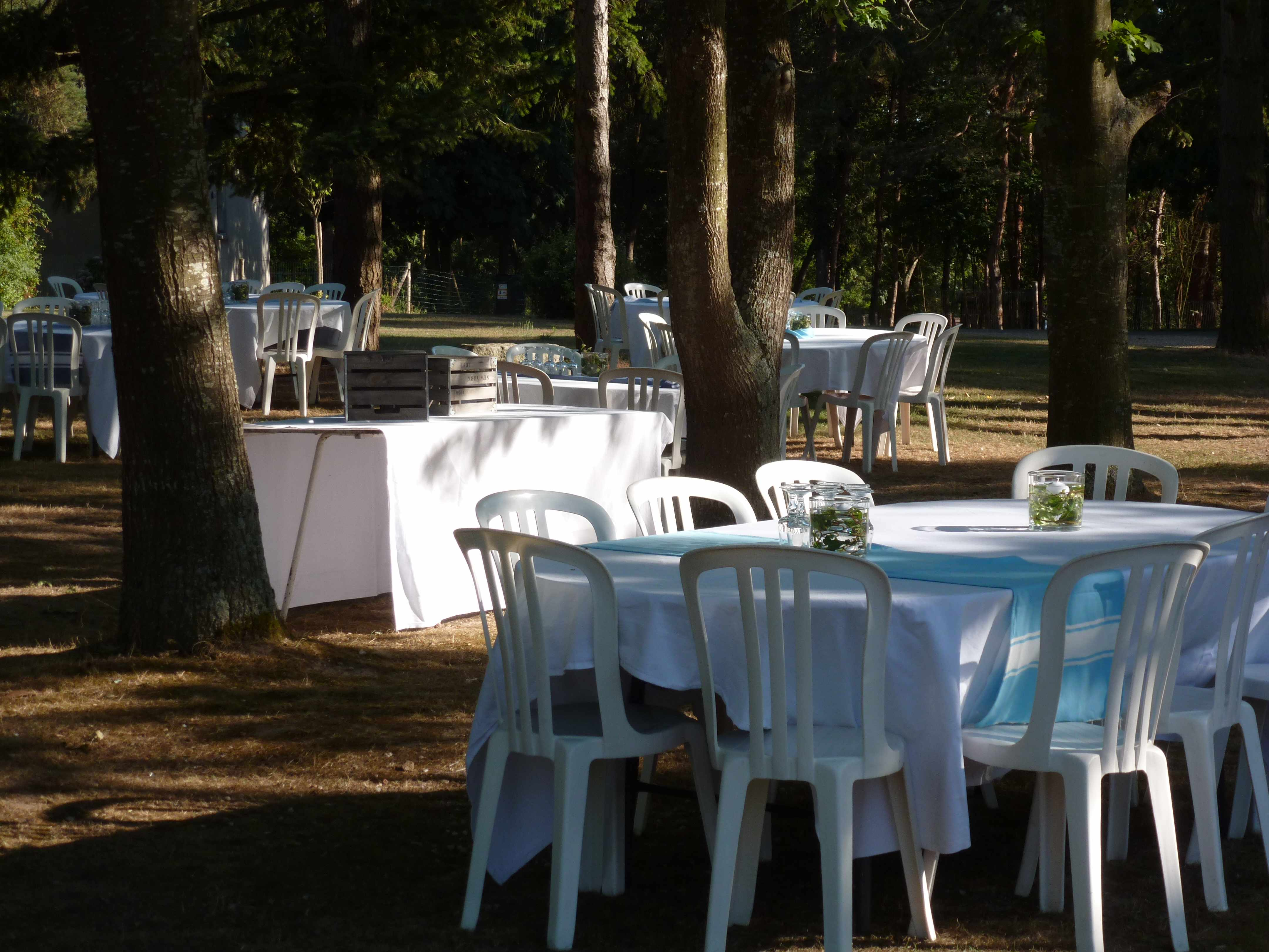 DECO FOUTAS mariage Marie nappes tables