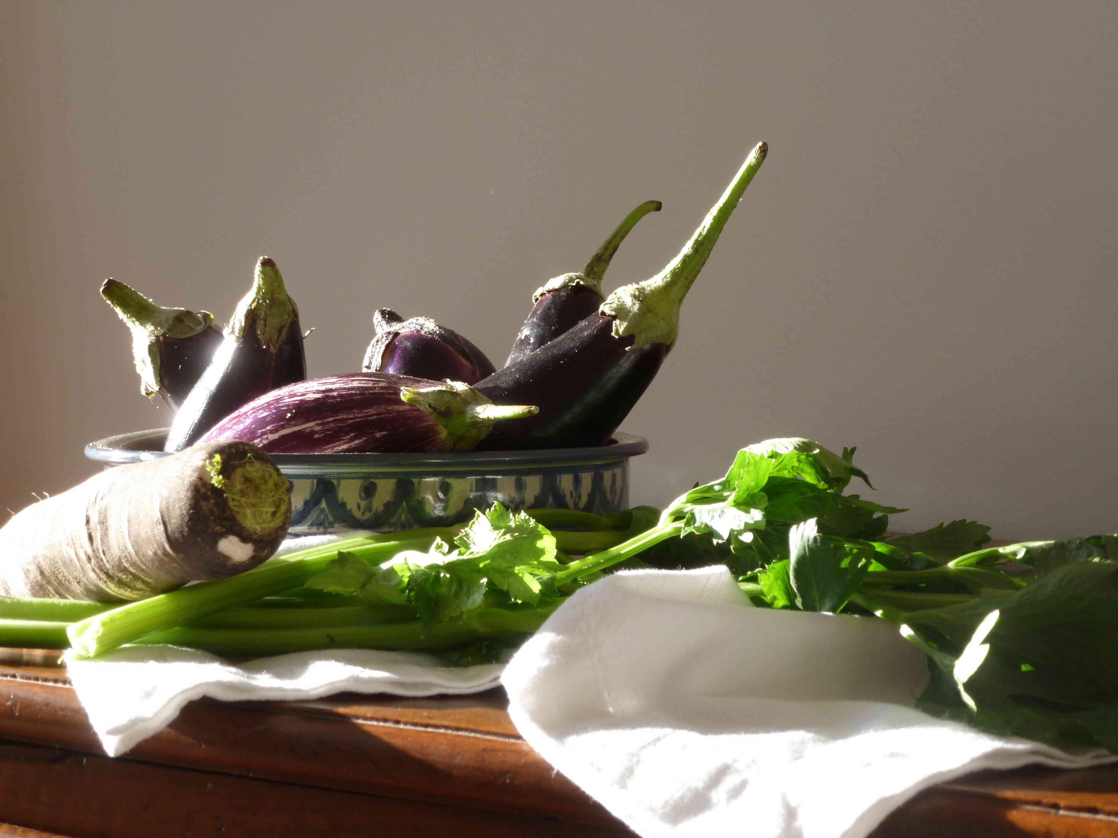 legumes_ferme-aubergines_radis_celeri