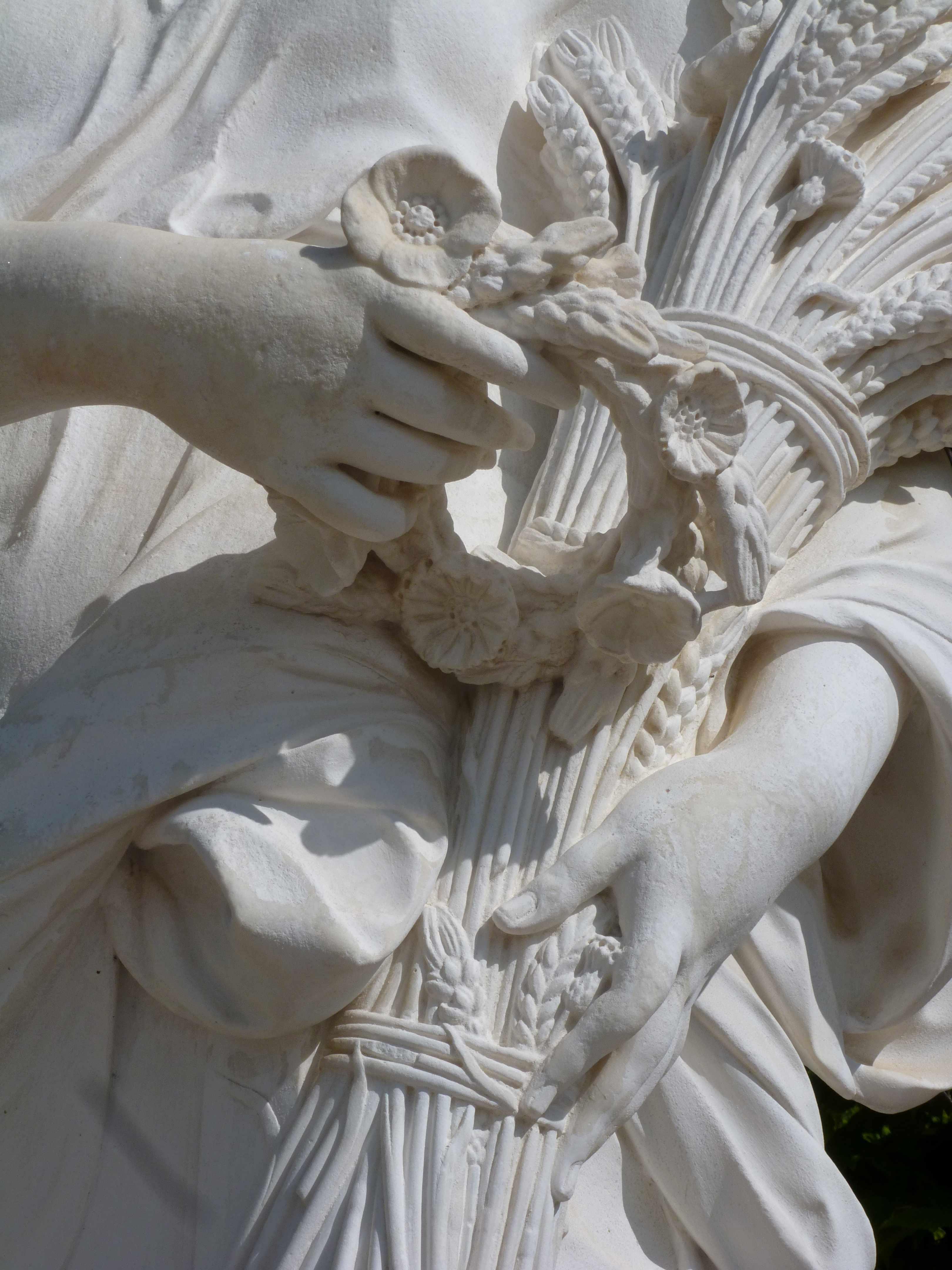 Versailles 05-2013 mains statue Ceres JB Poultier