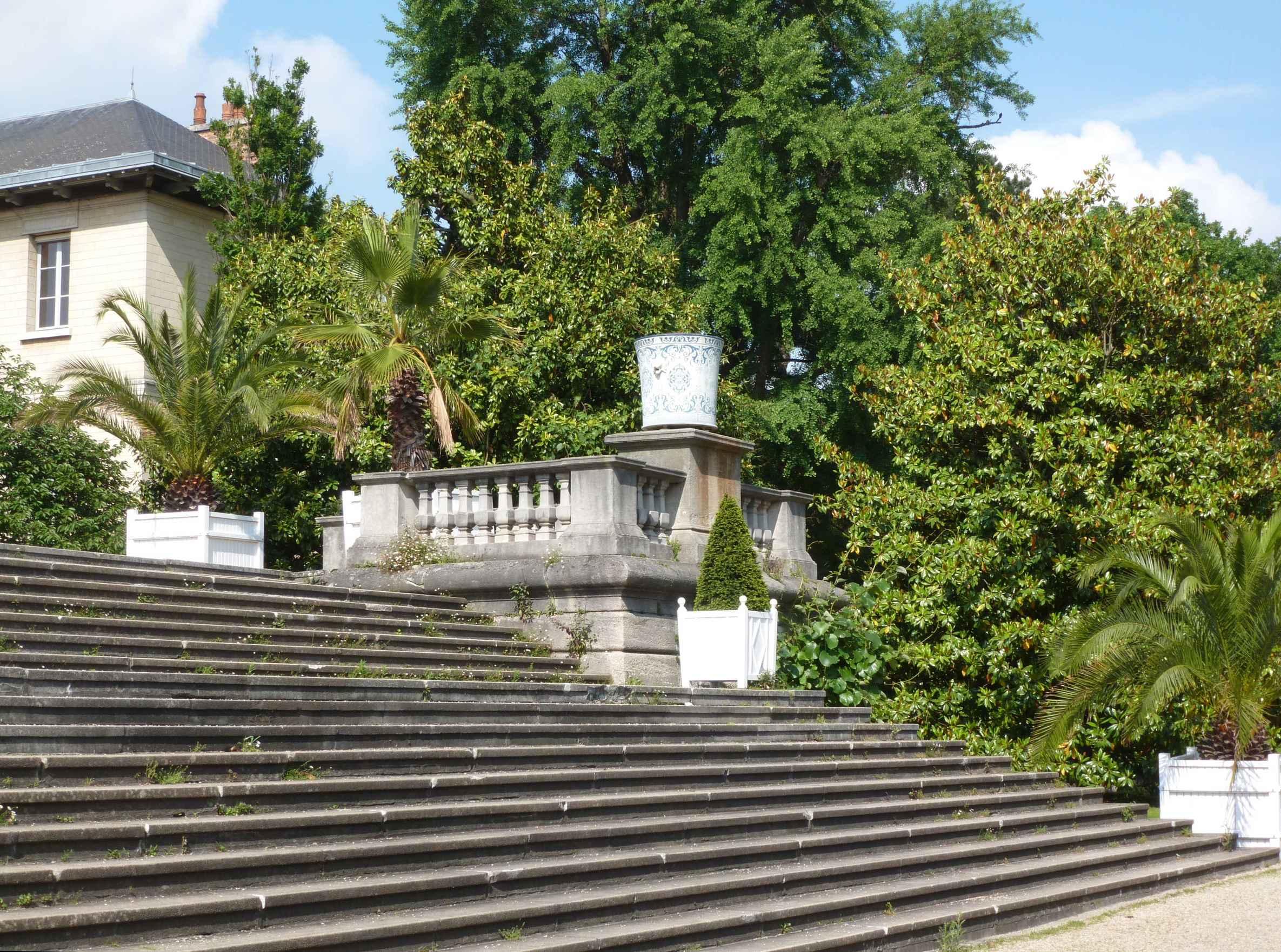 2016-06 Serres-d-Auteuil escalier-terrasse