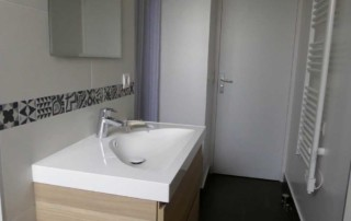 16-sdb-apres-travaux-meuble-vasque