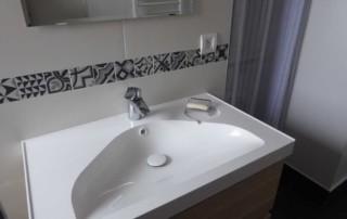 23-sdb-apres-travaux-meuble-vasque
