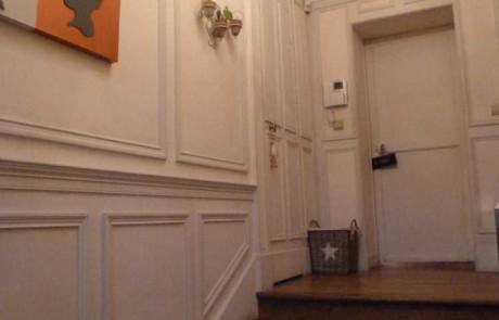 L'entrée toute blanche avant rénovation