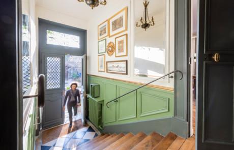 Maison 18e à Versailles - rénovation escalier d'entrée