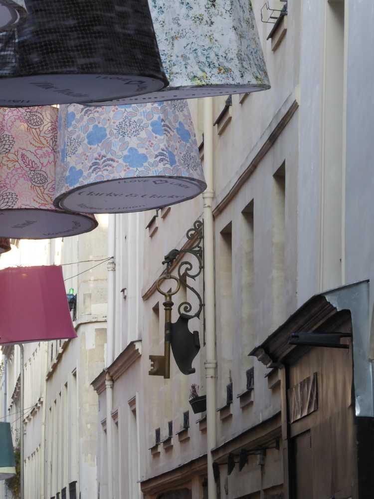 ParisDécoOff-Rive-gauche-68_abat-jour_rue-échaudé_Atouslesétages-déco