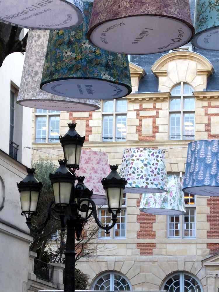 ParisDécoOff-Rive-gauche-68_abat-jour_Place-Furstenberg_Atouslesétages-déco