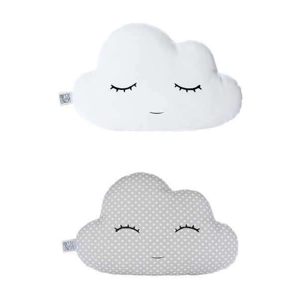 Sur un petit nuage - Coussin en forme de nuage ...