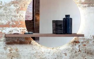 poign e. Black Bedroom Furniture Sets. Home Design Ideas