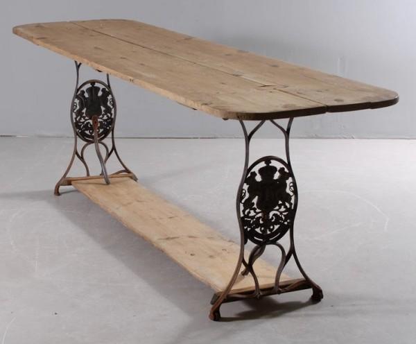 60-idees-pour-recycler-une-vieille-machine-a-coudre-table-salle-a-manger-2tout2rien