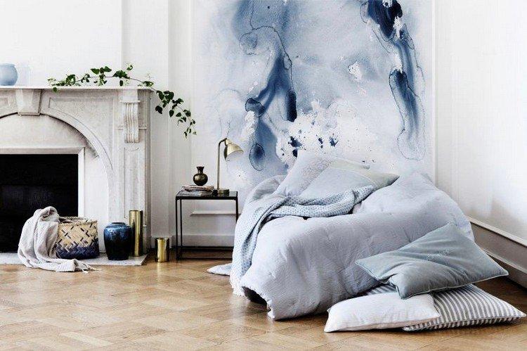 peinture-eau-murs-chambre-salon-lit-cheminée-pierre_Deavita