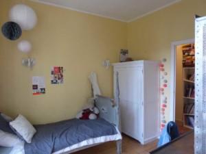Chambre Bertille Avant : lit et armoire mal placés