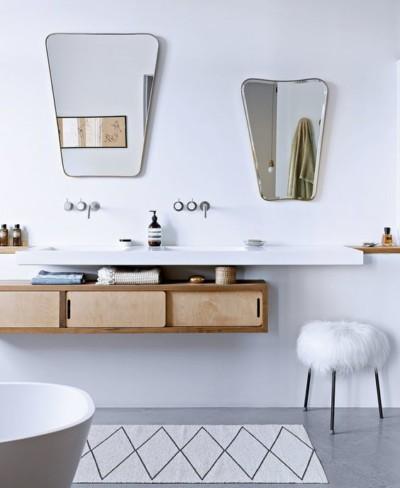 MarieClaireMaison_10-idées-déco-pour-une-nouvelle-salle-de-bains_miroirs