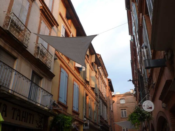 Atouslesetages_conseil-deco_Montauban_voile_ombage