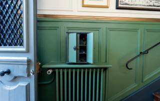 Versailles 2016 - Détail : la boîte à clés de l'entrée, après rénovation