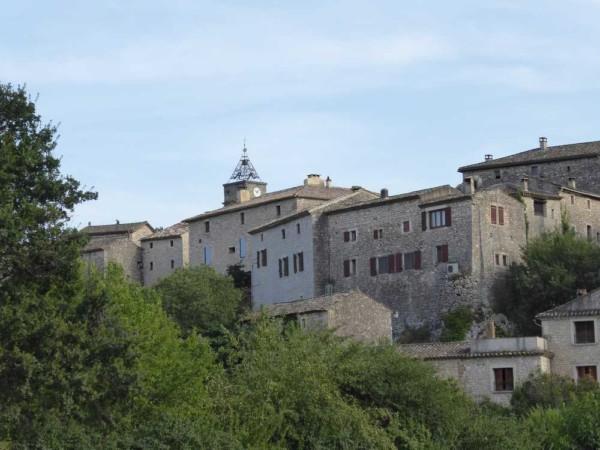 2019-08_Montclus_Gard _beau_village